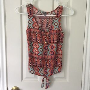 Aztec crop top XS